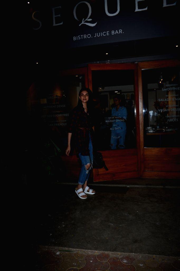 Actress Aditi Rao Haydri seen at Bandra in Mumbai on Jan 31, 2019. - Aditi Rao Haydri