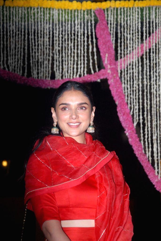 Actress Aditi Rao Hydari during Aamir Khan's Diwali celebration in Mumbai, on Oct 30, 2016. - Aditi Rao Hydari and Aamir Khan