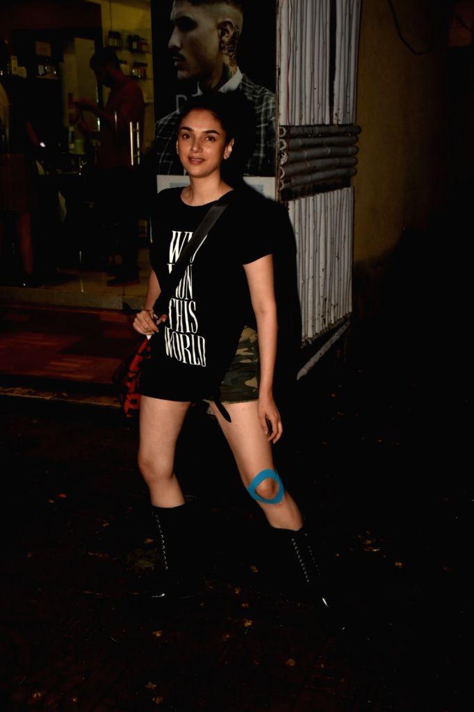 Actress Aditi Rao Hydari seen at a salon in Bandra, Mumbai on June 14, 2019. - Aditi Rao Hydari