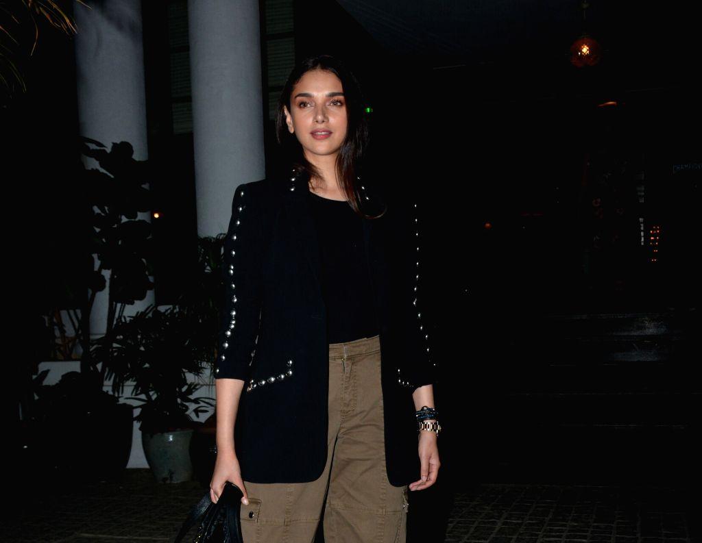 Actress Aditi Rao Hydari seen at Mumbai's Juhu, on Jan 29, 2019. - Aditi Rao Hydari