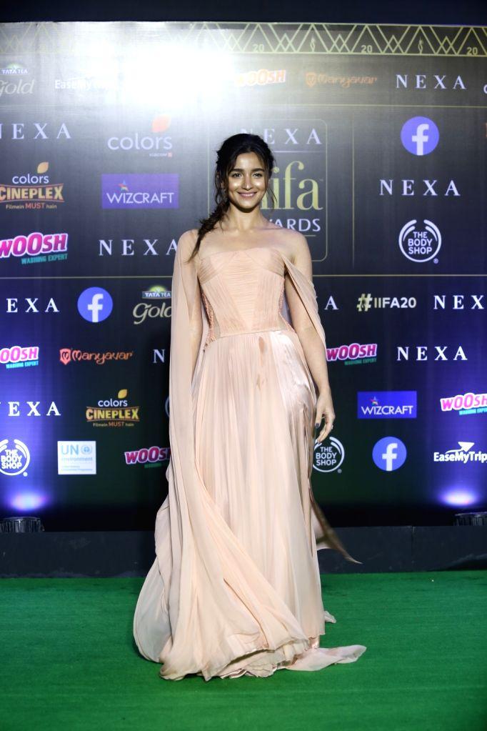 Alia Bhatt At 20th Iifa Awards