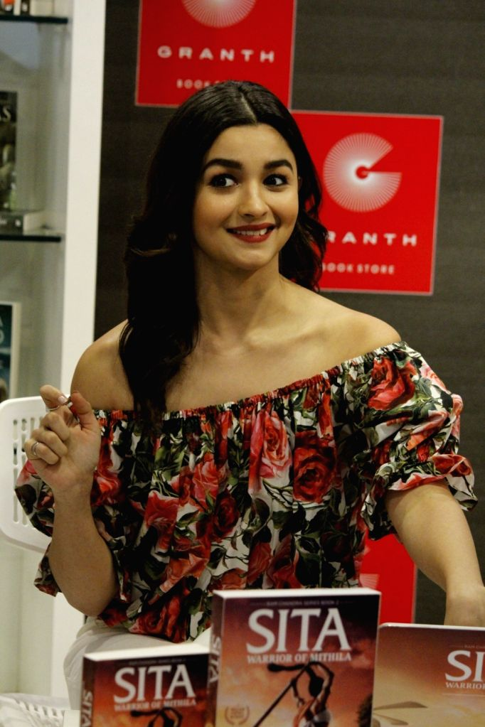 Actress Alia Bhatt during the trailer launch of Amish Tripathi`s book Sita - Warrior Of Mithila, in Mumbai on May 16, 2017. - Alia Bhatt and Tripathi