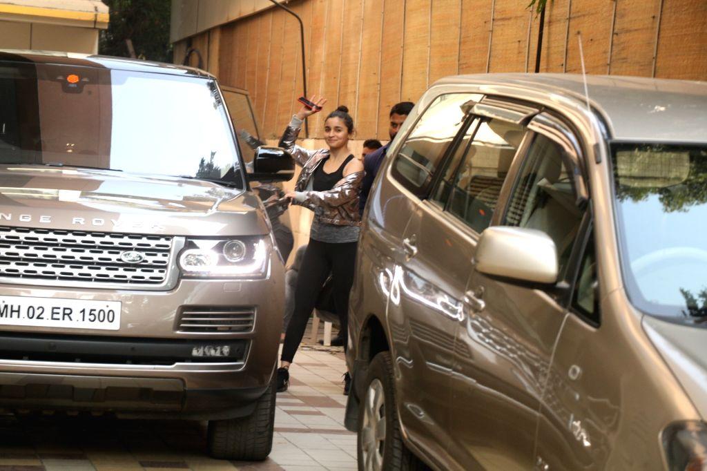 Actress Alia Bhatt seen at a Studio in Mumbai on Jan 29, 2018. - Alia Bhatt