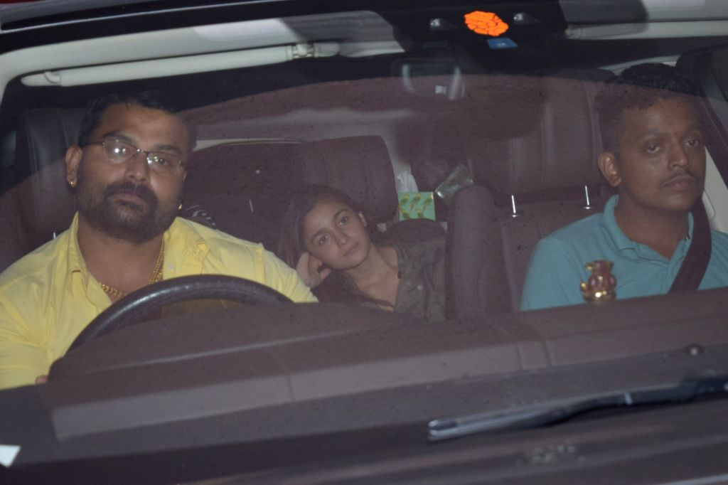 Actress Alia Bhatt seen at filmmaker Sanjay Leela Bhansali's office in Juhu, Mumbai on Nov 15, 2019. - Alia Bhatt