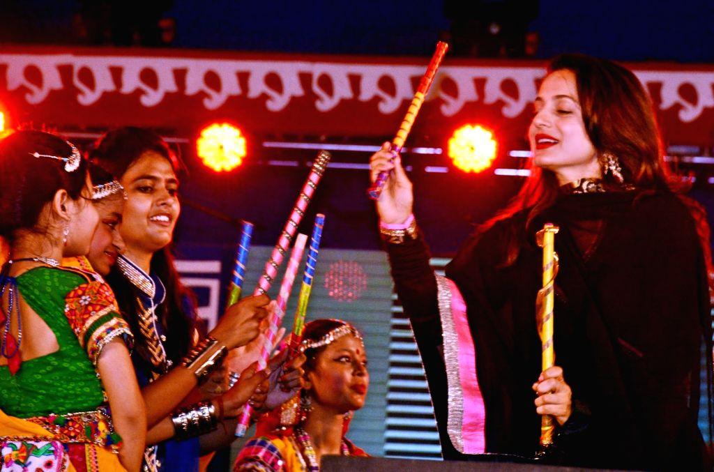 Actress Ameesha Patel during Dussehra Mahotsav 2017 at Gandhi Maidan in Patna on Sept 27, 2017. - Ameesha Patel