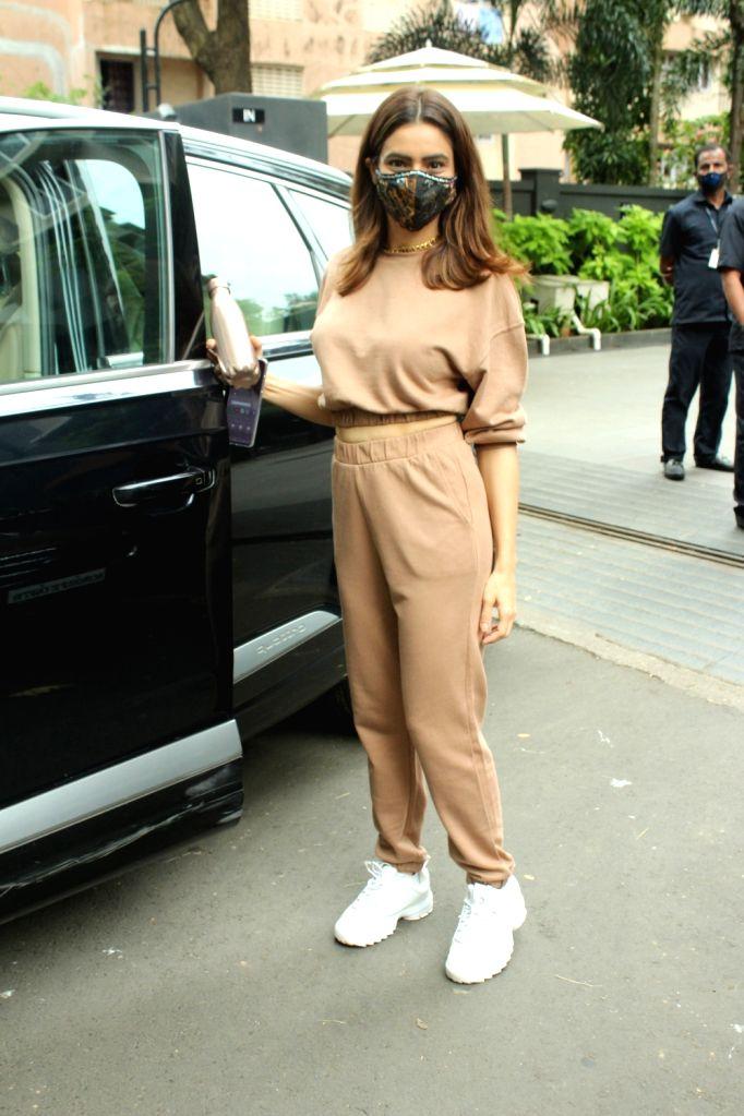 Actress Amna Sharif seen at Andheri in Mumbai on Sep 15, 2020. - Amna Sharif