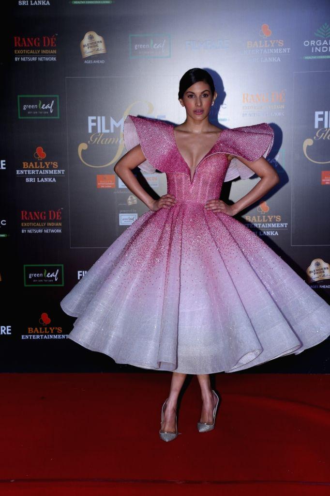 Actress Amyra Dastur on the red carpet of Filmfare Glamour And Style Awards 2019 in Mumbai on Dec 3, 2019. - Amyra Dastur