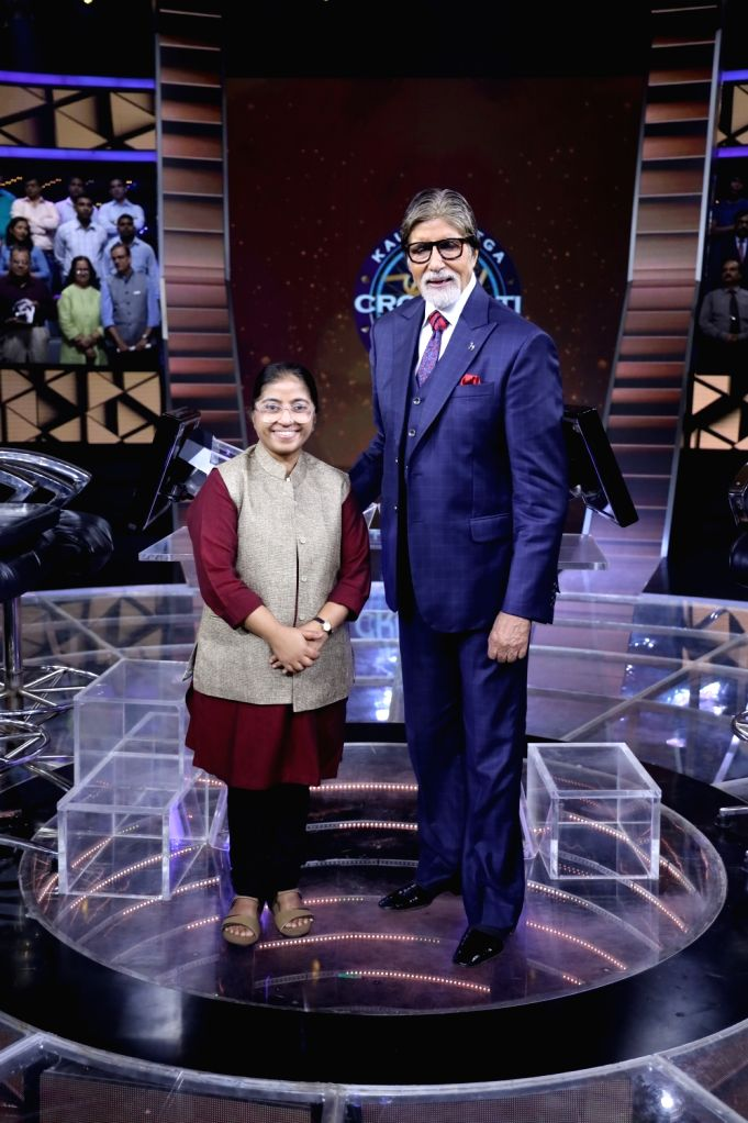 "Actress Anushka Sharma sang praises of social activist Sunitha Krishnan for her ""incredible work"" in rescuing women and girls from sex trafficking. The Karamveer Special episode had Sunitha on the hot seat of the show hosted by megastar Amitabh Bachc - Anushka Sharma and Amitabh Bachchan"