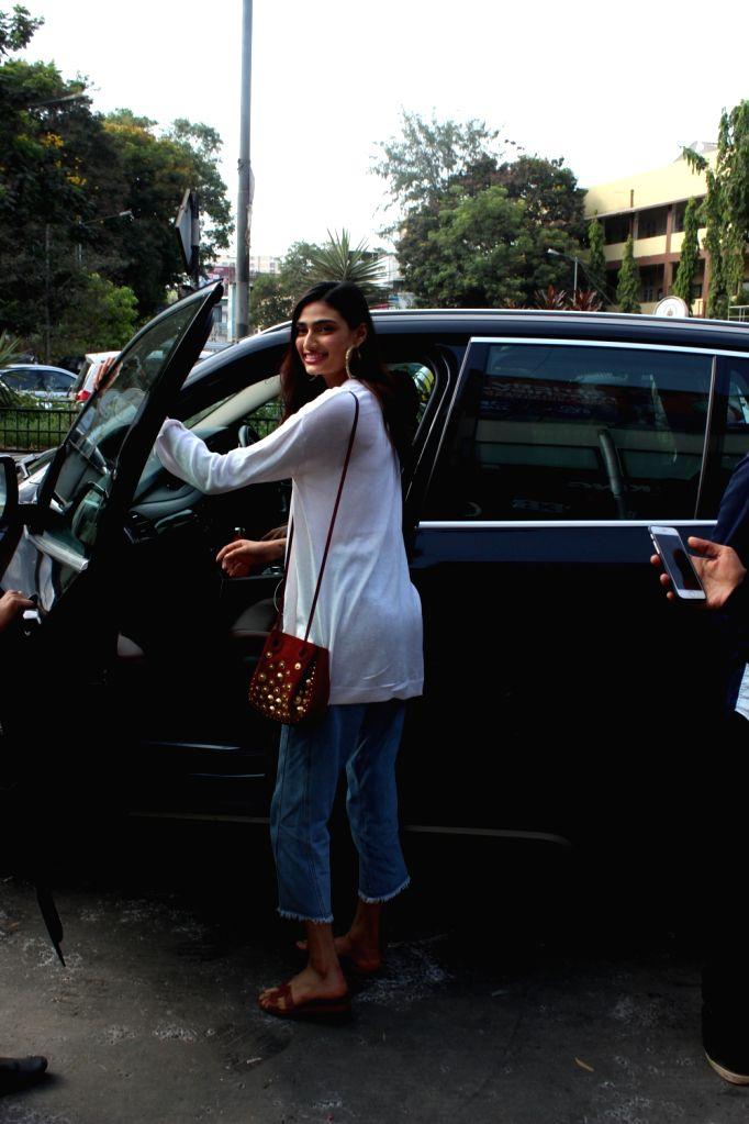 Actress Athiya Shetty seen at Mumbai's Bandra on May 20, 2018. - Athiya Shetty