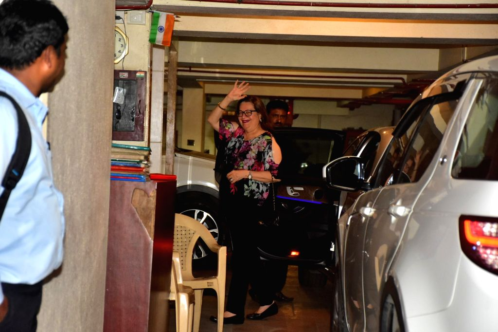 Actress Babita seen at her daughter Kareena Kapoor's residence at Bandra in Mumbai, on Oct 16, 2019. - Babita and Kareena Kapoor