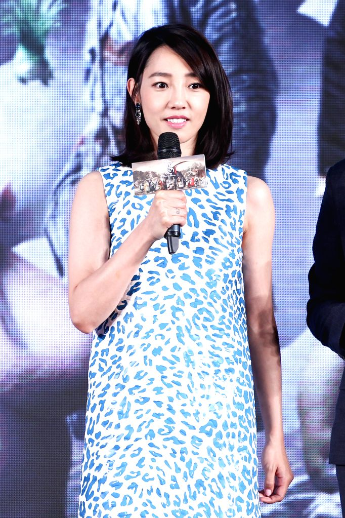"Actress Bai Baihe attends the press conference for the premiere of her new movie ""Monster Hunt"" in Beijing, capital of China, July 5, 2015. The movie will ... - Bai Baihe"