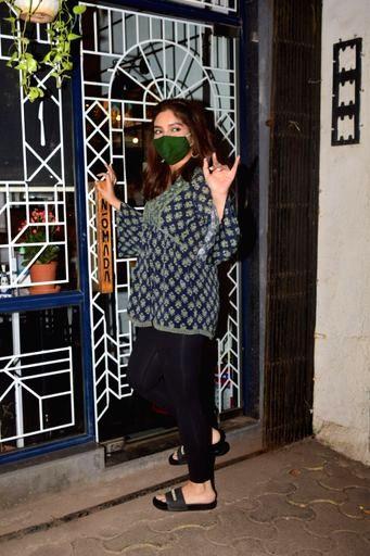 Actress Bhumi Pednekar seen at Versova in Mumbai on Nov 20, 2020. - Bhumi Pednekar