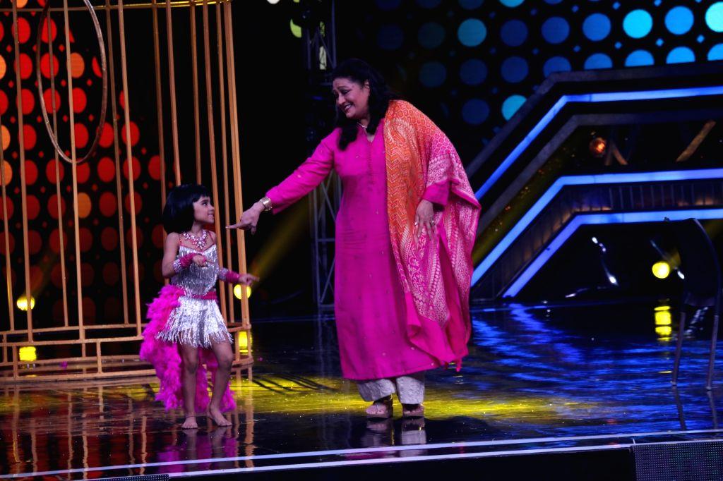 "Actress Bindu on the sets of a dance reality show ""Super Dancer chapter 3"", in Mumbai on June 3, 2019. - Bindu"