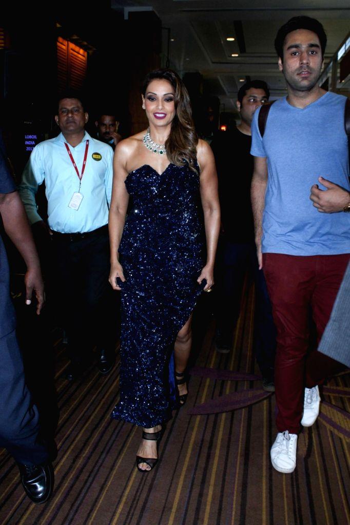 """Actress Bipasha Basu during the """"Globoil India Awards 2017"""" in Mumbai on Sept 14, 2017. - Bipasha Basu"""