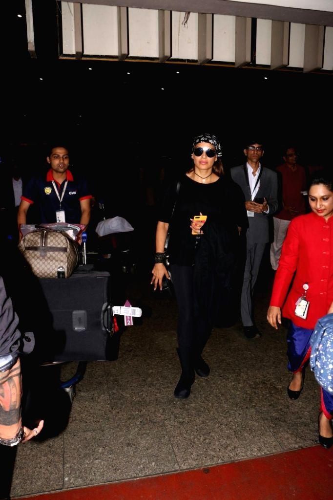 Actress Bipasha Basu spotted spotted at Chhatrapati Shivaji Maharaj International Airport in Mumbai on Aug 1, 2017. - Bipasha Basu