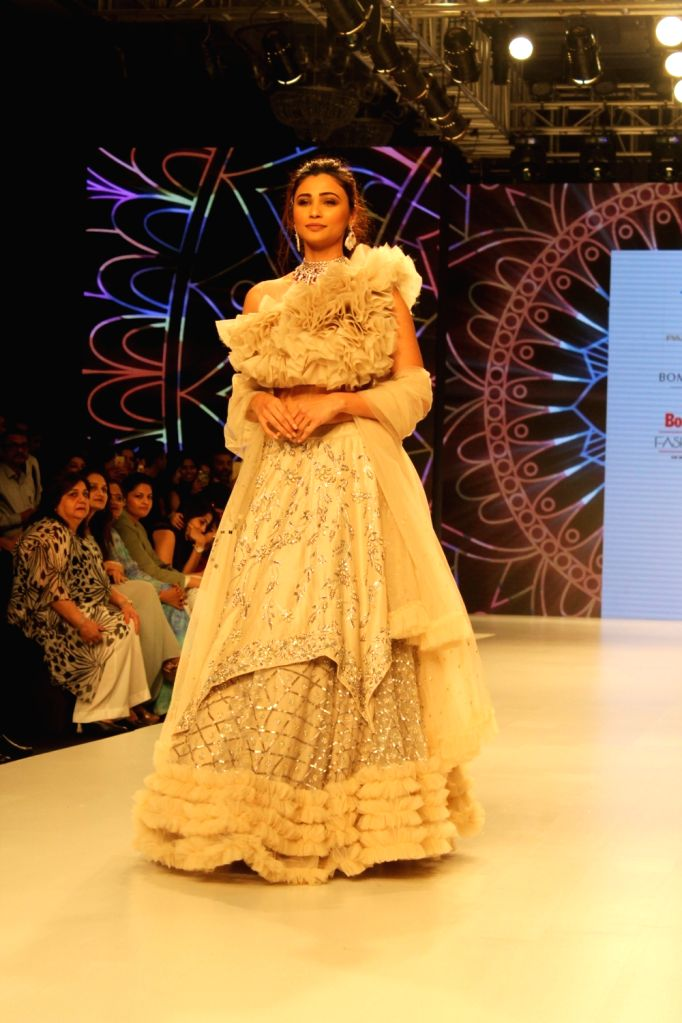Actress Daisy Shah showcases the creation of fashion designer Pallavi Goyal at the Bombay Times Fashion Week in Mumbai on Oct 12, 2019. - Daisy Shah