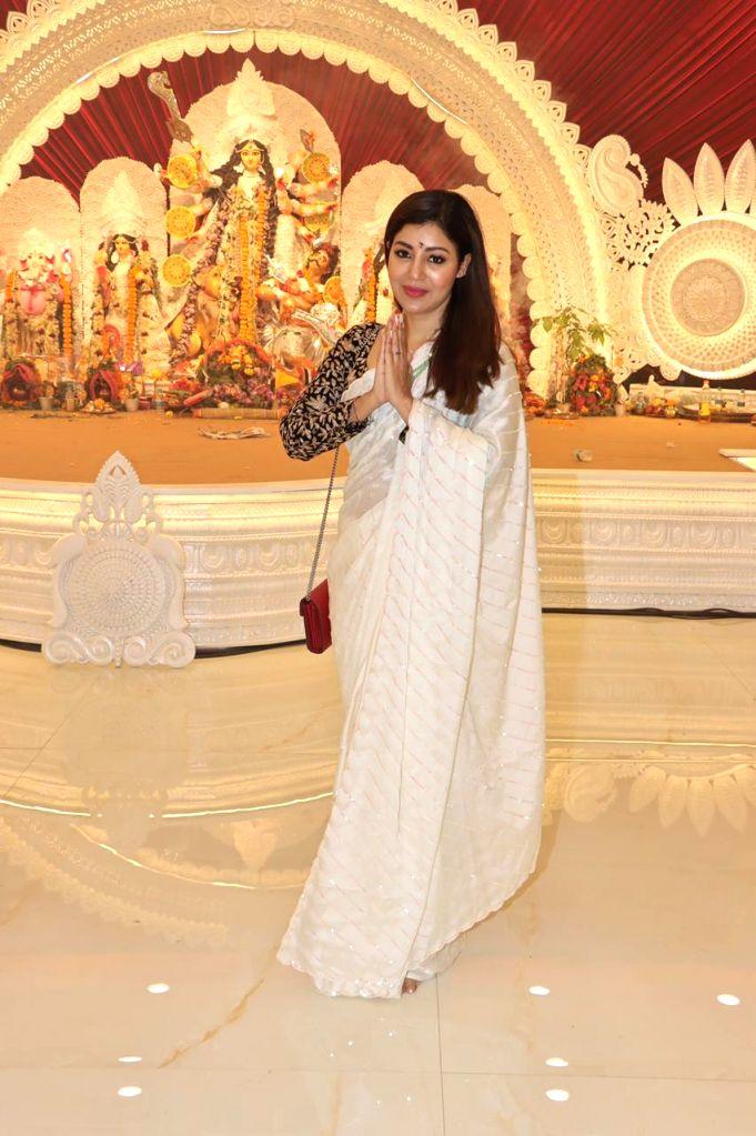 Actress Debina Bonnerjee attend At North Bombay Durga Puja Samiti on the occasion of Maha Navami in Mumbai on Thursday October 14, 2021. - Debina Bonnerjee