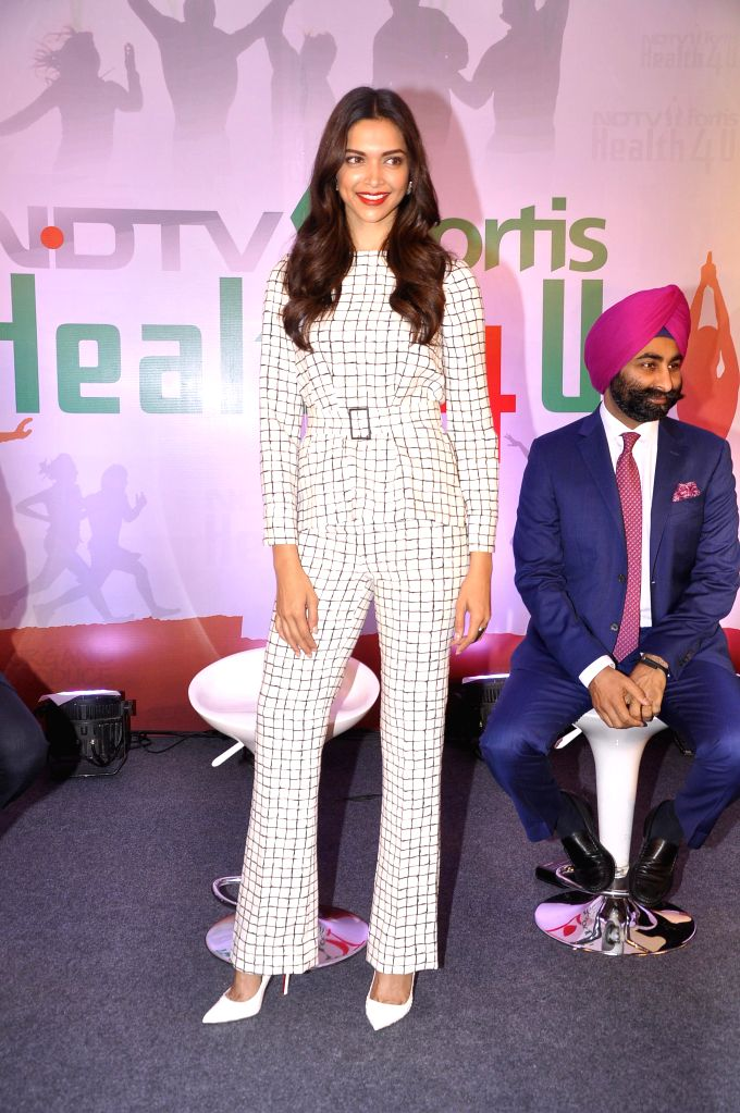 Actress Deepika Padukone at the launch of `NDTV Fortis Health4U` campaign in New Delhi on Sept 12, 2014. - Deepika Padukone