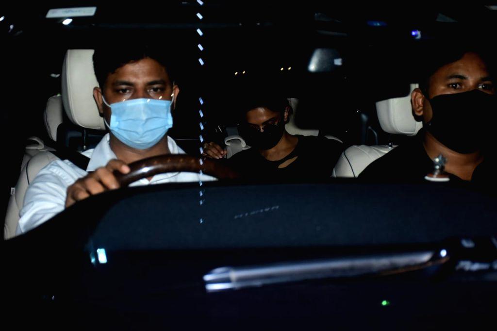 Actress Deepika Padukone seen at Bandra in Mumbai on Nov 18, 2020. - Deepika Padukone