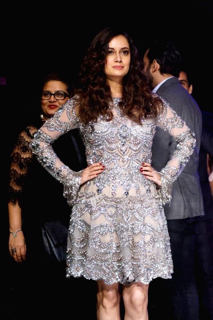 Actress Dia Mirza and Fashion Designer Manish Malhotra during the Lakme Fashion Week Winter/Festive 2017 in Mumbai on Aug 20, 2017. - Dia Mirza and Designer Manish Malhotra