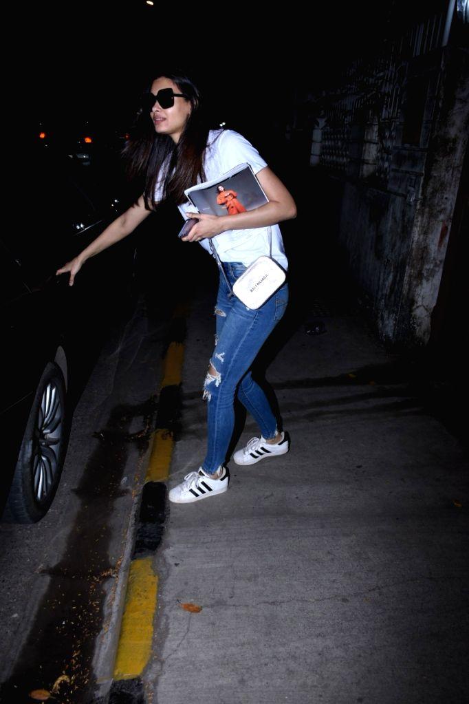 Actress Diana Penty seen at Bandra, in Mumbai on Nov 30, 2019. - Diana Penty