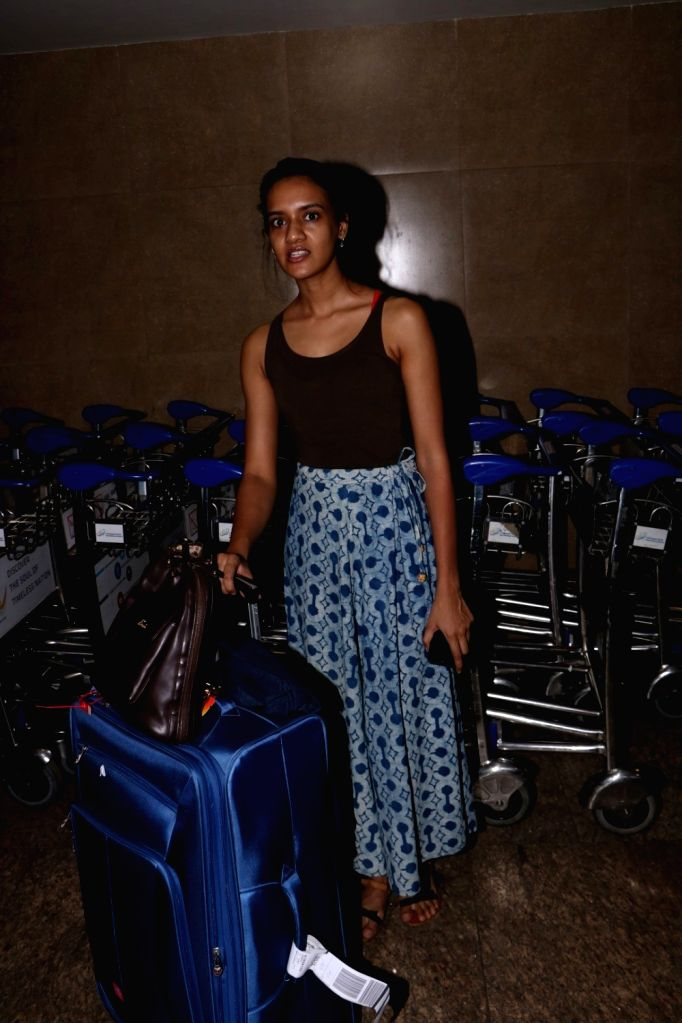 Actress Divya Menon spotted at Chhatrapati Shivaji Maharaj International Airport in Mumbai, on June 15, 2017. - Divya Menon