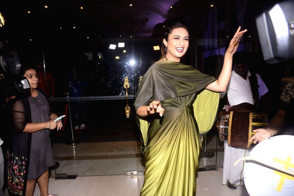 "Actress Divyanka Tripathi during the celebration of her television show ""Yeh Hai Mohabbatein"" completes 1500 episodes in Mumbai on July 25, 2018. - Divyanka Tripathi"