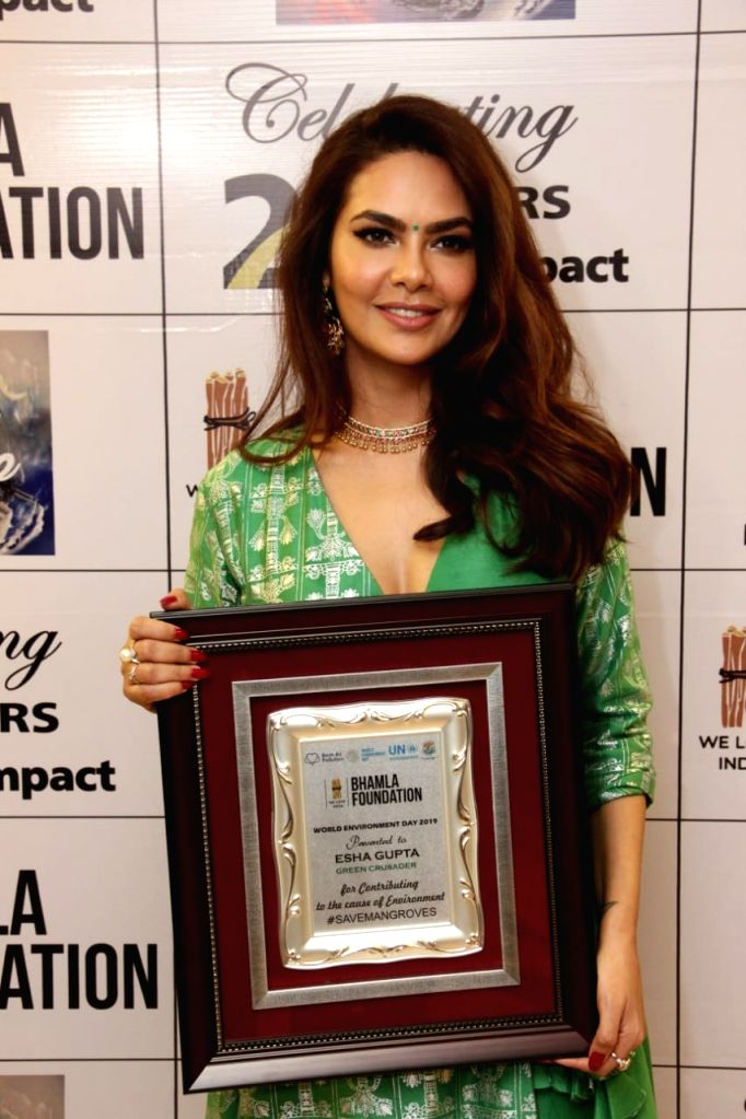 Actress Esha Gupta, who was recently felicitated with the Green Crusader Award by Bhamla Foundation, says protecting Mother Nature is''t about a nation and i''s everyone's duty to protect the planet. - Esha Gupta