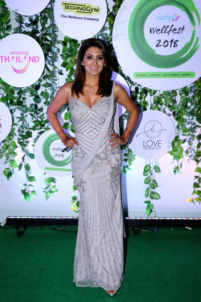 Actress Geeta Basra at the red carpet of Asia Spa Fit & Fabulous Awards 2018 in Mumbai on Oct 30, 2018. - Geeta Basra