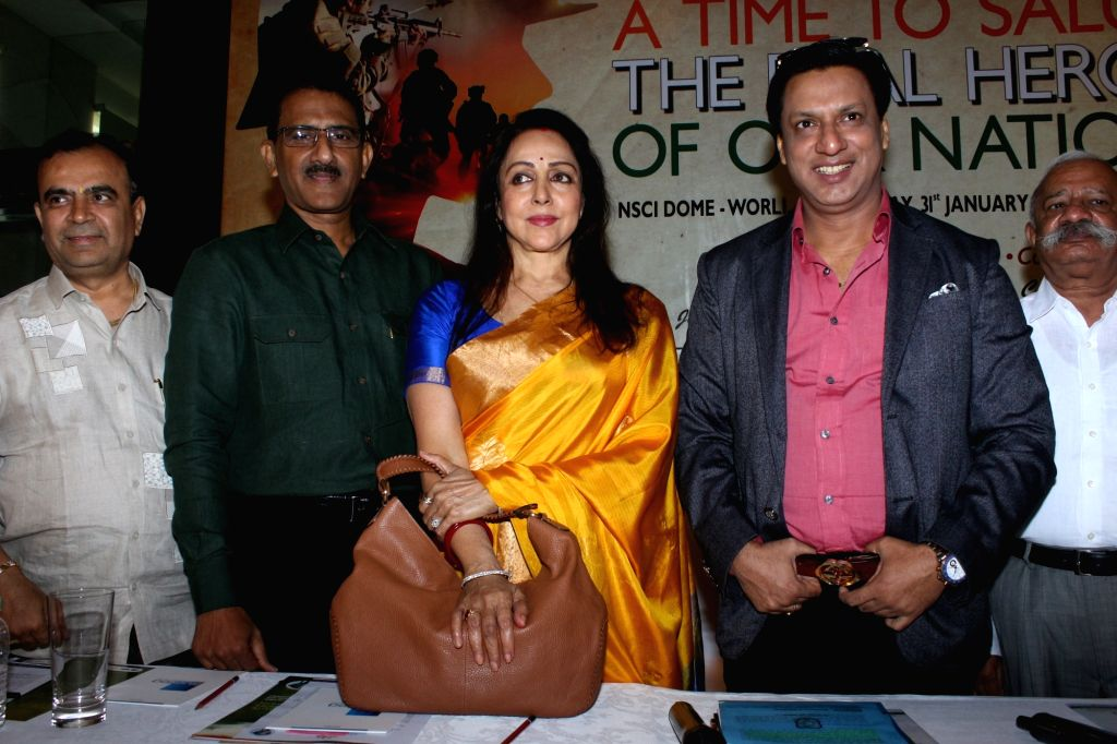 """Actress Hema Malini and director Madhur Bhandarkar at the launch of """"One For All-All For One - A Tribute To The Indian Soldiers""""  in Mumbai on Nov 29, 2017. - Hema Malini"""