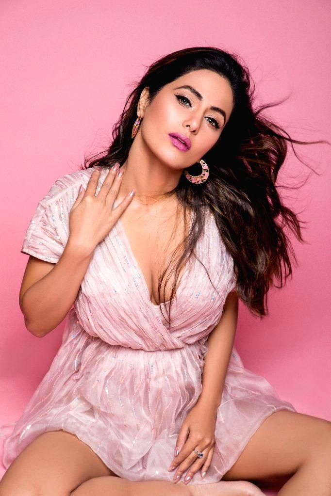 Actress Hina Khan. - Hina Khan
