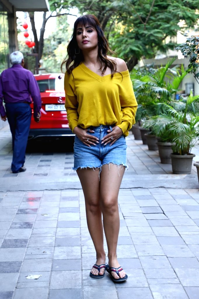 Actress Hina Khan seen at Andheri, in Mumbai on Feb 10, 2020. - Hina Khan