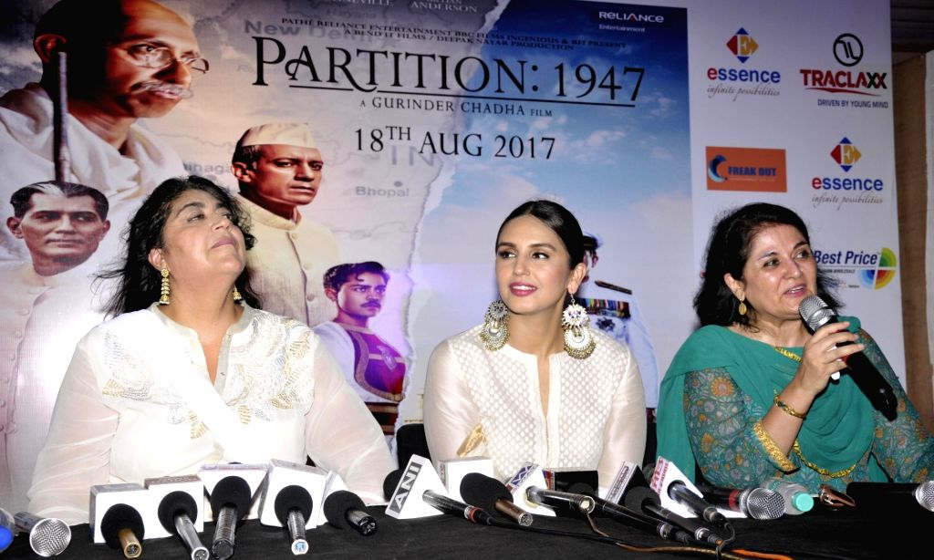 """Actress Huma Qureshi and filmmaker Gurinder Chadha during a press conference to promote their upcoming film """"Partition 1947"""" in Amritsar on Aug 12, 2017. - Huma Qureshi"""