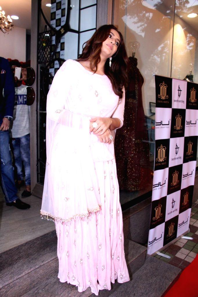 Actress Huma Qureshi during the launch of fashion designer Tanzila Antulay's debut collection at Umang Mehta store in Mumbai on Oct. 6, 2016. - Huma Qureshi and Umang Mehta