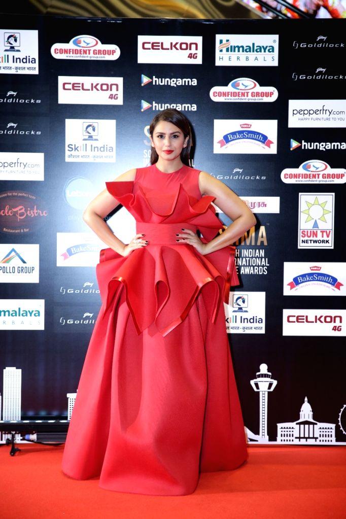 Actress Huma Qureshi on the second day of SIIMA Awards 2016. - Huma Qureshi