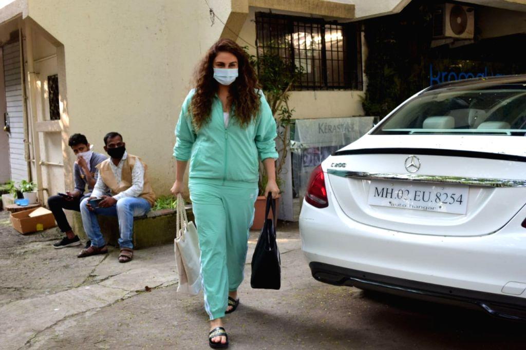 Actress Huma Qureshi seen at Juhu in Mumbai on Oct 31, 2020. - Huma Qureshi