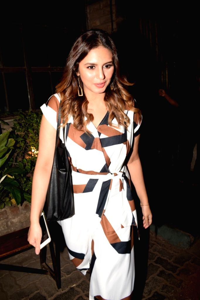 Actress Huma Qureshi seen outside at a Cafe, in Mumbai on March 23, 2018. - Huma Qureshi