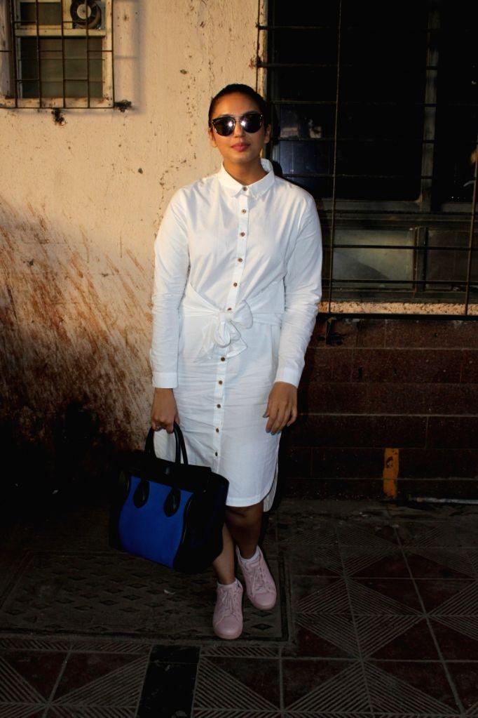 Actress Huma Qureshi spotted at Scrabble Digital Studio in Mumbai on May 27, 2017. - Huma Qureshi