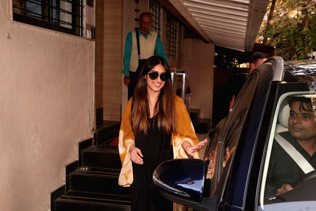 Actress Ileana D'Cruz seen in Mumbai's Bandra, on Feb 6, 2019. - Ileana D'Cruz