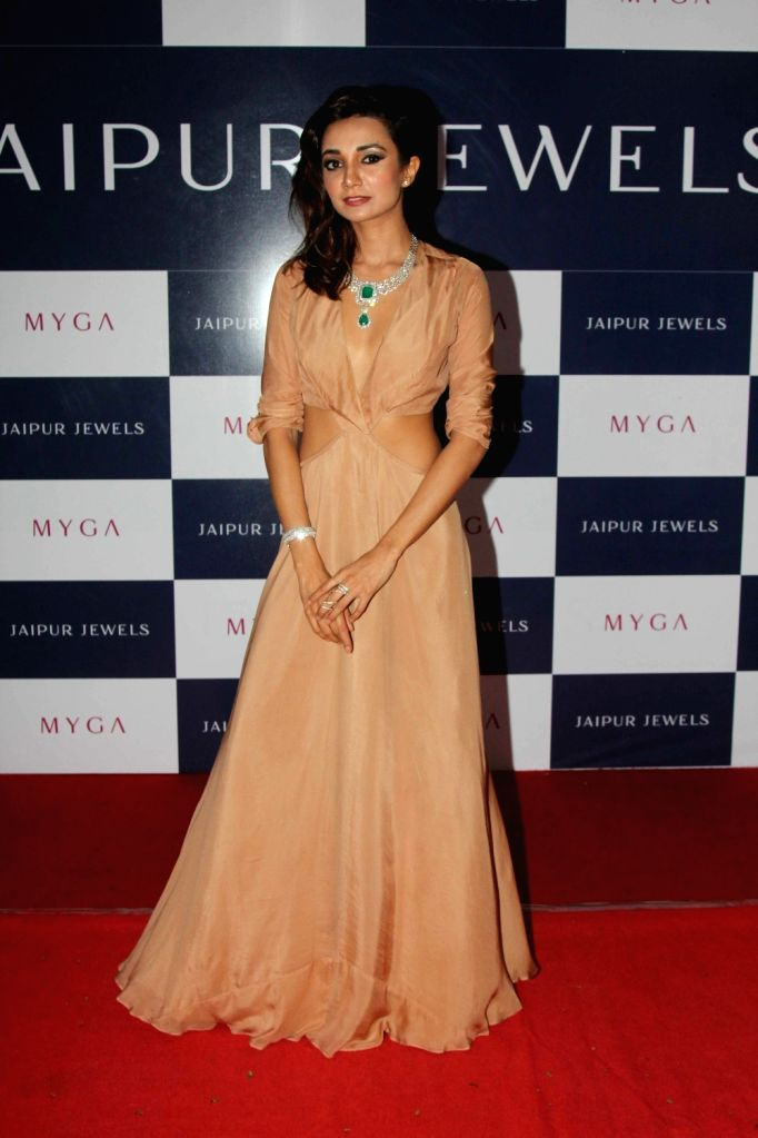 Actress Ira Dubey during the unveiling of Jaipur Jewels mega campaign co host by her in Mumbai on Aug 3, 2016. - Ira Dubey