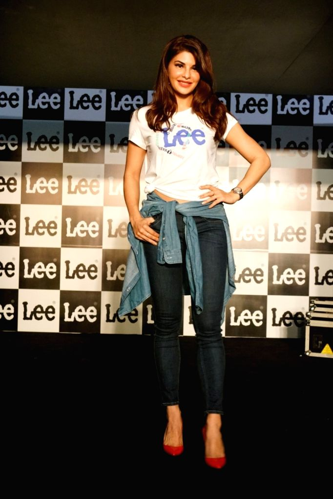 """Actress Jacqueline Fernandez during the launch of Brand Lee """"Body Optix Season 2.0"""" Collection in Mumbai on Oct 3, 2017. - Jacqueline Fernandez"""