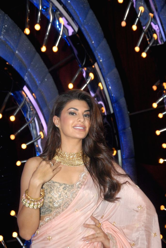 Actress Jacqueline Fernandez during the promotion of film Kaabil on the sets of Jhalak Dikhhla Jaa Season 9, in Mumbai on Oct 25, 2016. - Jacqueline Fernandez