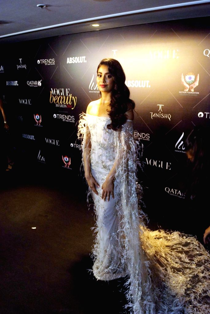 "Actress Janhvi Kapoor at the red carpet of ""Vogue Beauty Awards"" in Mumbai on July 31, 2018. - Janhvi Kapoor"