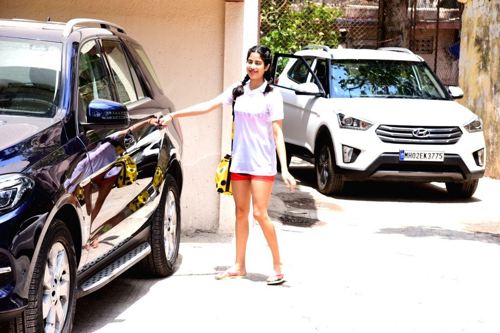 Actress Janhvi Kapoor seen at Bandra in Mumbai, on June 3, 2019. - Janhvi Kapoor