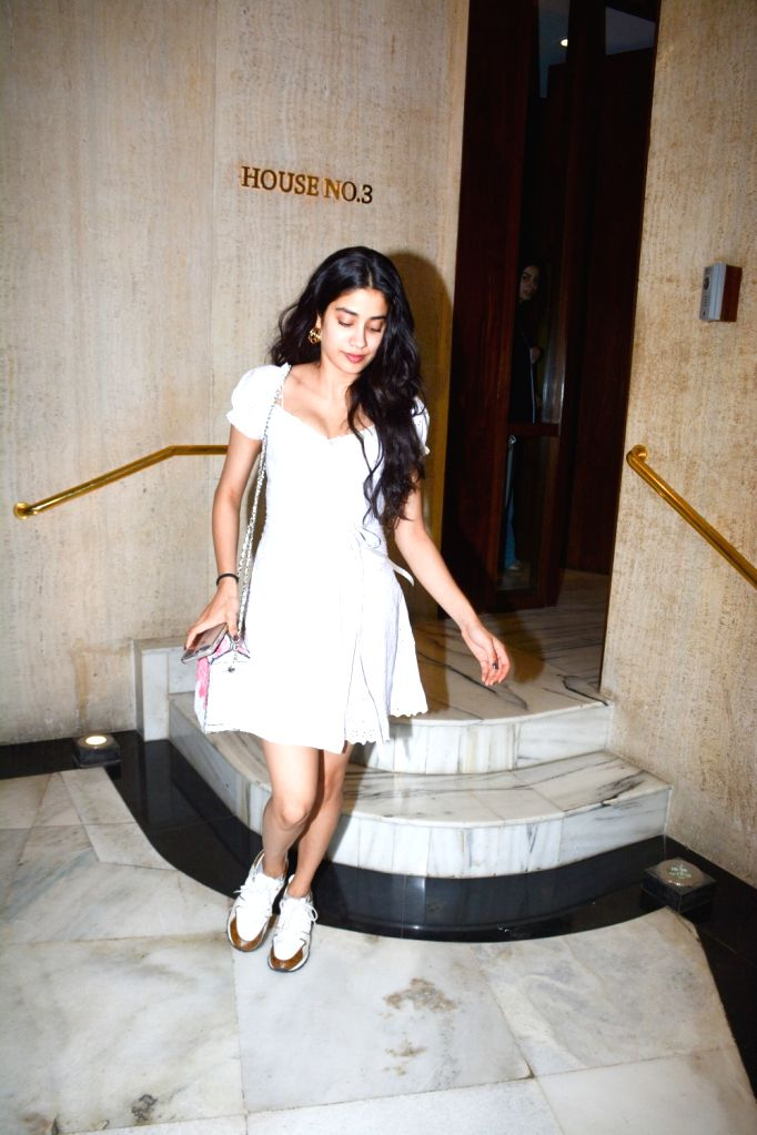Actress Janhvi Kapoor seen at fashion designer Manish Malhotra's residence in Mumbai on Oct 30, 2018. - Janhvi Kapoor and Manish Malhotra