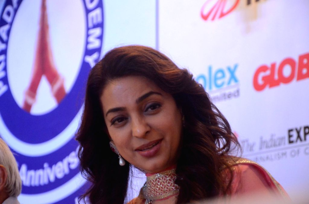 Actress Jushi Chawla during 32nd Anniversary Global Awards Ceremony in Mumbai, on Sept 19, 2016. - Jushi Chawla