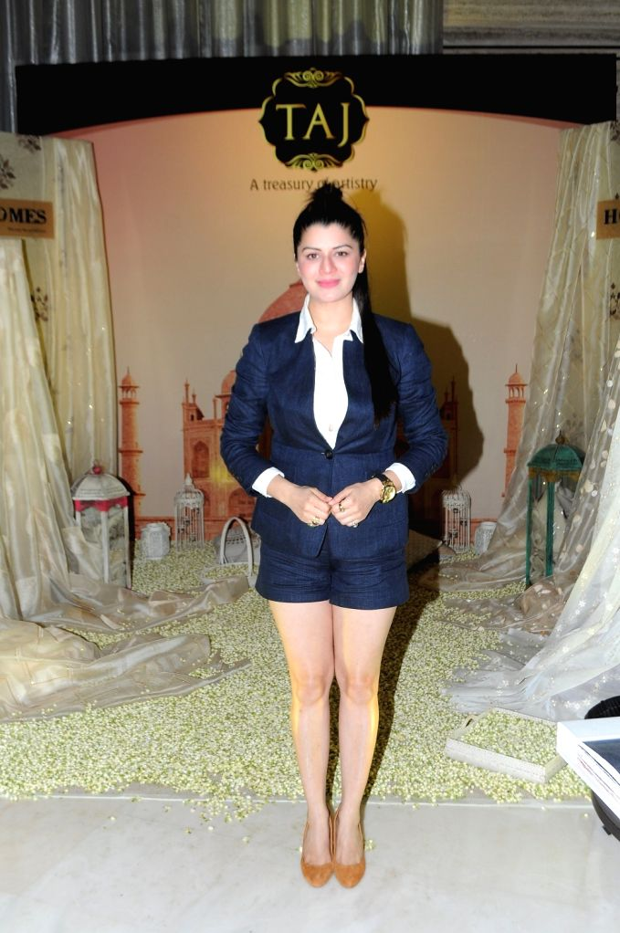 Actress Kainaat Arora during the 14th Society Interiors Design Competition and Awards in Mumbai, on April 10, 2016. - Kainaat Arora