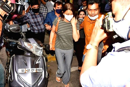 Actress Kangana Ranaut's sister Rangoli Chandel seen at Bandra in Mumbai on Sep 11, 2020. - Kangana Ranau