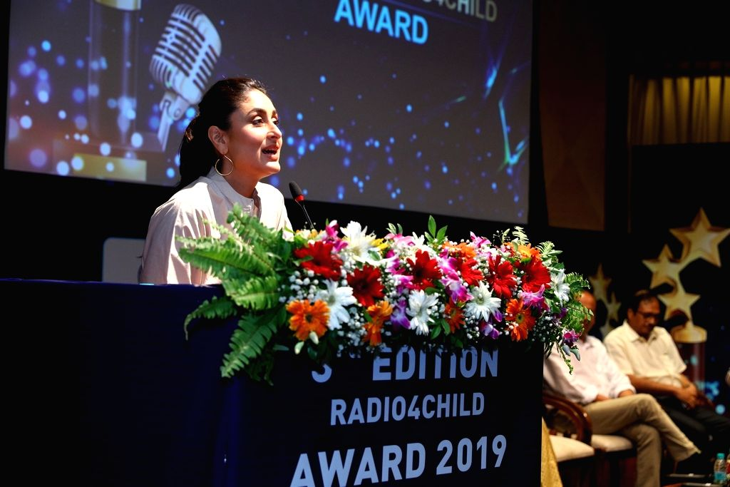 Actress Kareena Kapoor Khan addresses during the third edition of the UNICEF-AROI Radio4Child Awards in Mumbai on May 10, 2019. - Kareena Kapoor Khan