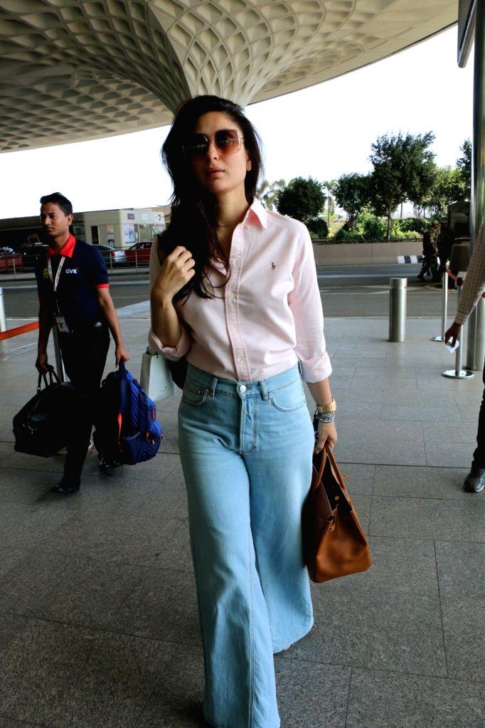 Actress Kareena Kapoor Khan seen at Chhatrapati Shivaji International Airport, Mumbai, on April 10, 2019. - Kareena Kapoor Khan
